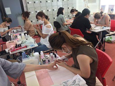 JNAジェルネイル技能検定試験を全級当校で受験可能!!